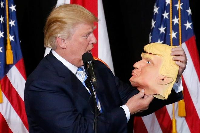 Donald Trump co kip thu hep khoang cach voi ba Clinton? hinh anh