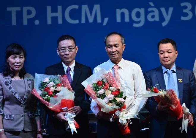 Ong Duong Cong Minh lam Chu tich Sacombank hinh anh
