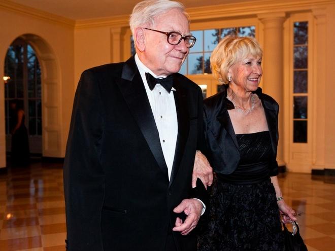 Doi song hon nhan ky la cua ty phu Warren Buffett hinh anh 2