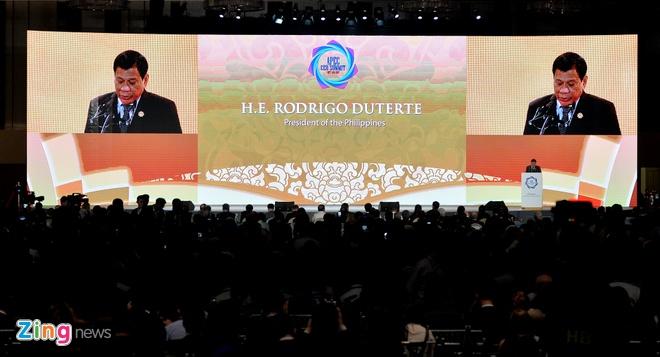 Tong thong Duterte: 'Chung toi khong can vien tro nhan dao' hinh anh 3
