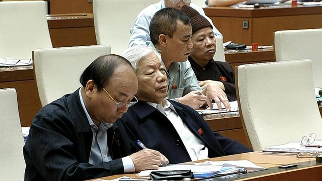 Thong doc: 'Toi co du cong cu de khong do vo he thong ngan hang' hinh anh 3