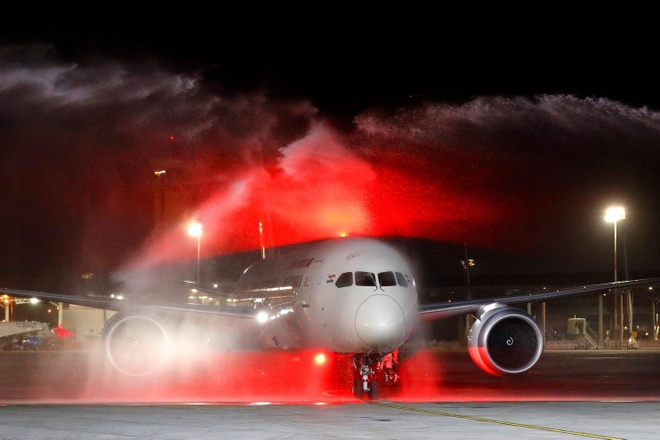 Washington Post: FLC mua 20 may bay Boeing 787 la bat thuong hinh anh