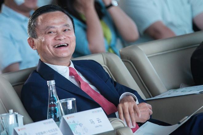 Jack Ma bac tin sap nghi huu hinh anh