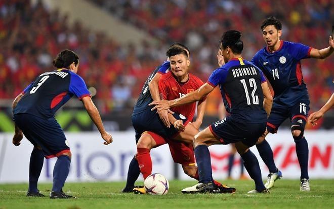 Mo ban dot cuoi ve tran Viet Nam vs Malaysia, het veo trong 2 phut hinh anh