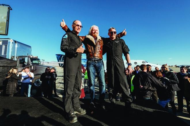Tỷ phú Richard Branson tuyên bố lên vũ trụ tháng 7 tới - Ảnh 1
