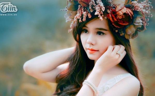 Bang thanh tich dai va sang cua thu khoa HV Ngan hang hinh anh 1 Minh Hương sở hữu ngoại hình xinh xắn.
