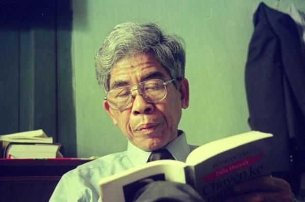 Nha van Bui Ngoc Tan qua doi hinh anh 1 Nhà văn Bùi Ngọc Tấn.