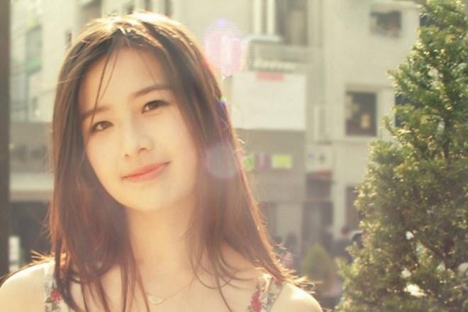 Hot girl ban kem, ban sao Ly Tieu Long bat ngo noi danh 2014 hinh anh 11
