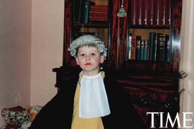 Tuoi tho it biet ve than dong so huu khoi tai san khong lo hinh anh 5 Luật sư Nick (5 tuổi). Mẹ và bác của cậu đều là luật sư và Nick cũng từng mong muốn trở thành một người giống như vậy.
