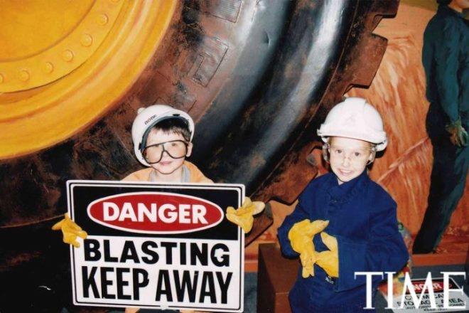 Tuoi tho it biet ve than dong so huu khoi tai san khong lo hinh anh 6 Nick (6 tuổi) sống tại Perth, Australia. Cậu bộc lộ niềm yêu thích với dầu, ga và hầm mỏ (ngành nghề của cha cậu). Nick tham gia một câu lạc bộ đam mê hầm mỏ dành cho trẻ em và được đi tham quan thực tế.