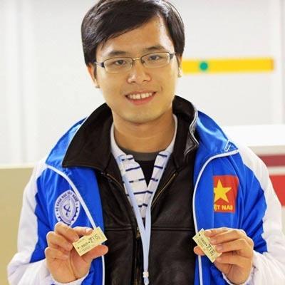 Thu khoa 'kep' Dam Nguyen Trong Nhan hinh anh 1