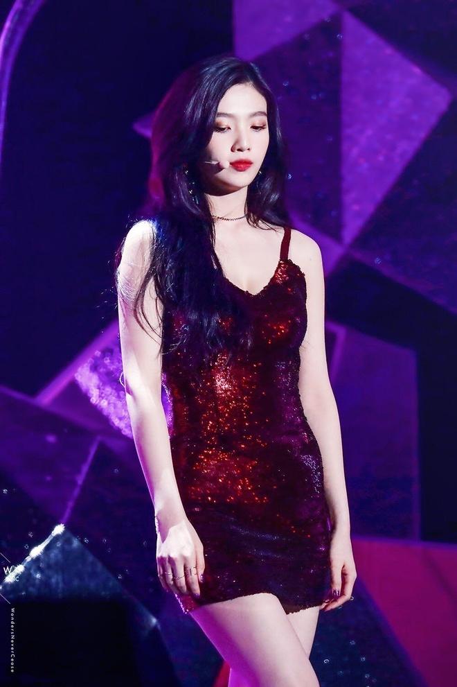 10 lan my nhan Red Velvet dien vay ao khoe tron than hinh goi cam hinh anh 5 15.jpg
