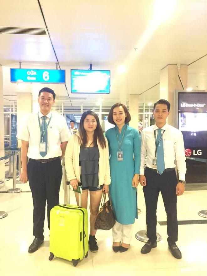 Vietnam Airlines tang hanh khach gan 40.000 phan qua may man hinh anh 3