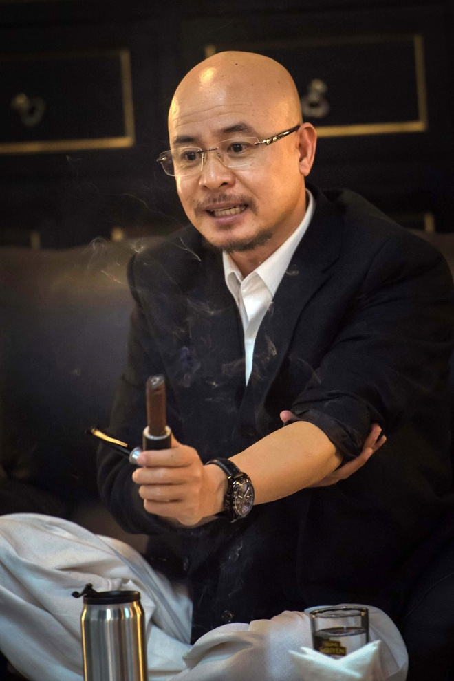 Dang Le Nguyen Vu bat ngo gap go bao chi hinh anh 2