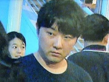 Nguoi anh trai kin tieng cua ong Kim Jong Un hinh anh