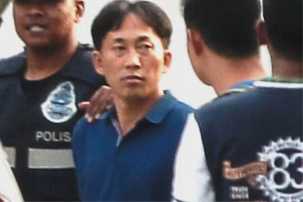 Giay phut canh sat truy bat nghi pham vu Kim Jong Nam hinh anh