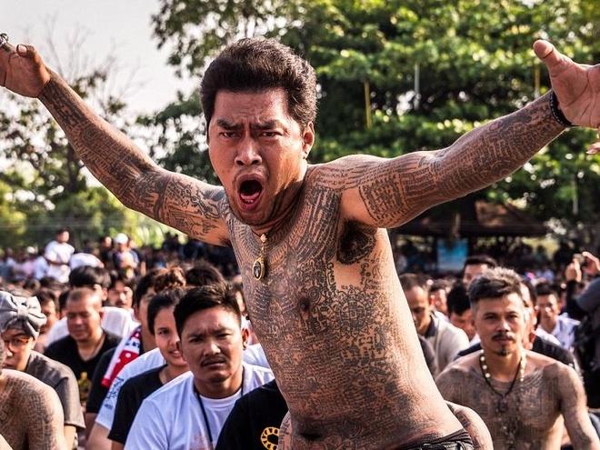 Hang nghin Phat tu xam minh tu hoi o Thai Lan hinh anh
