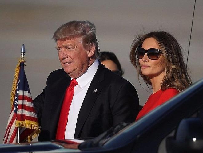 Nha Trump moi nguoi mot noi, mat vu My 'chay theo dut hoi' hinh anh