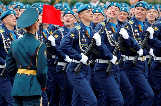 Nga duyet binh anh 16