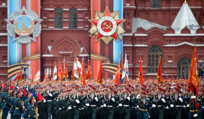 Nga duyet binh anh 14