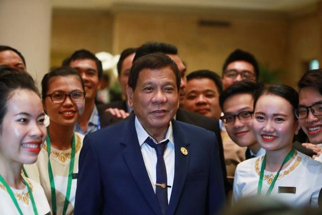 Tong thong Duterte day nhan vien resort Da Nang noi tieng Philippines hinh anh