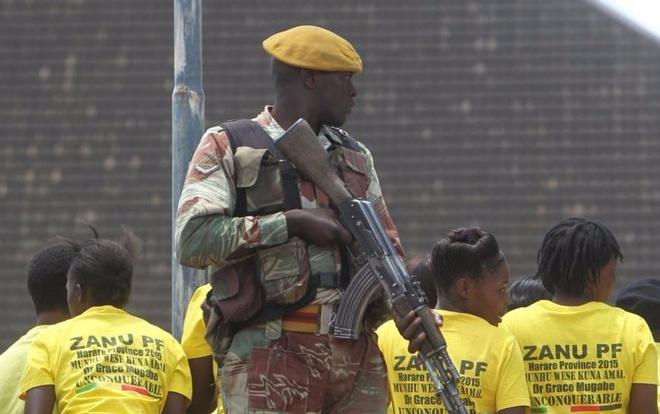 Hashtag tuan qua: Giac mong Zimbabwe hinh anh