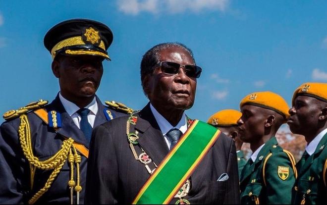 Tranh gianh quyen luc va su suy vong cua 'trieu dai' Mugabe hinh anh