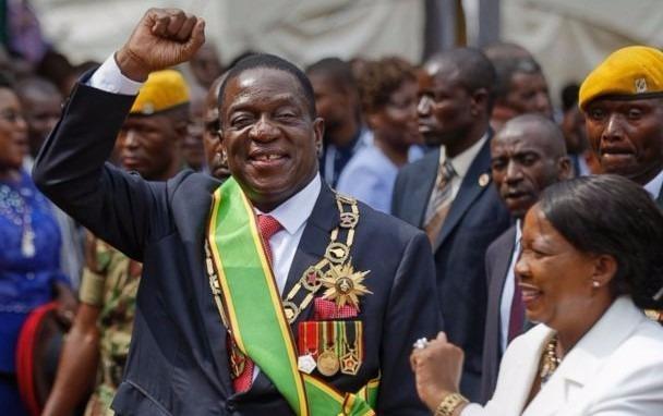 Binh bien o Zimbabwe: Nhung ke bit mat cung AK-47 hinh anh