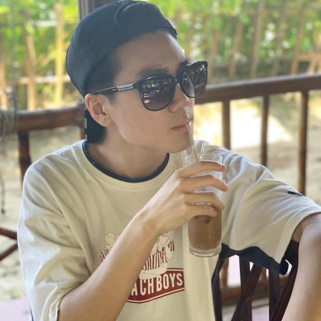 Khong du MSI 2019, nha vo dich LMHT tranh thu xa stress tai Hoi An hinh anh 3