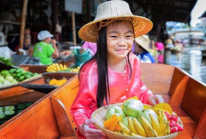 Thiên đường ăn uống trong khu chợ nổi ở Thái Lan