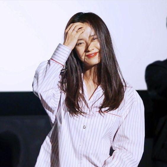 Bi kip giu nhan sac tre dep nhu gai doi muoi cua Song Ji Hyo hinh anh 2