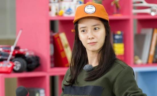 Bi kip giu nhan sac tre dep nhu gai doi muoi cua Song Ji Hyo hinh anh 1