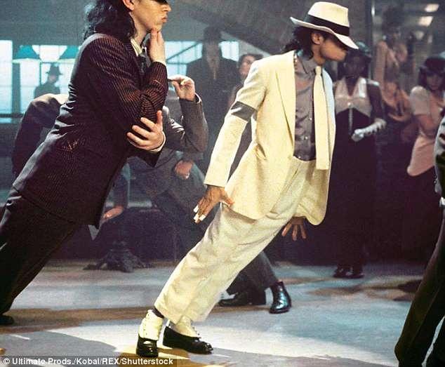 Tat cu nam pha le cua Michael Jackson se duoc ban gia trieu USD hinh anh 1