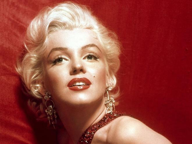 Boi 5 lop son moi va nhung bi mat lam dep cua Marilyn Monroe hinh anh 2