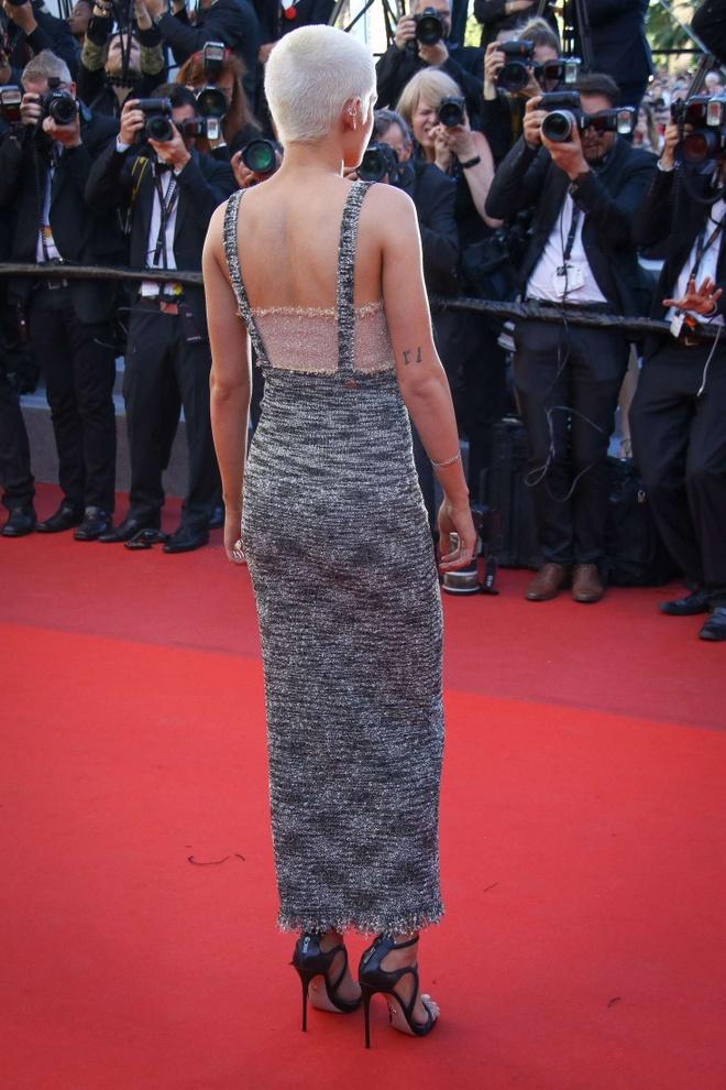 Kristen Stewart phoi do khong theo chuan muc nao len tham do hinh anh 8