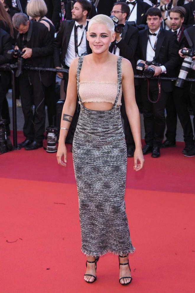 Kristen Stewart phoi do khong theo chuan muc nao len tham do hinh anh 9