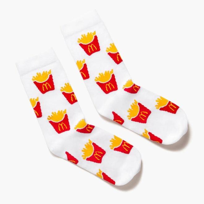 McDonald lan san sang ban quan ao, nhanh chong chay hang hinh anh 8