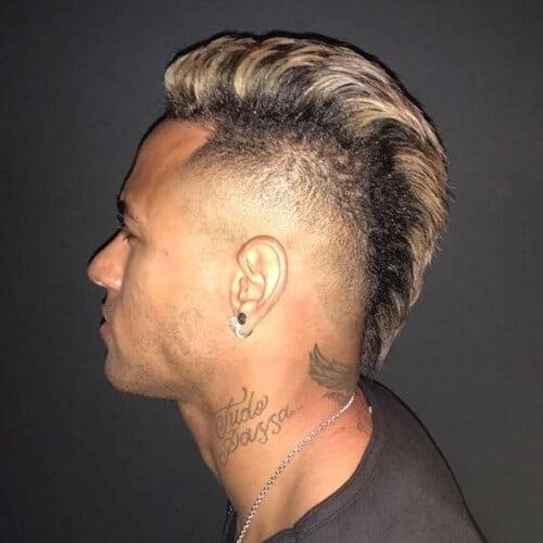 Nhuom hong, xoan xu va nhung kieu toc an tuong cua Neymar hinh anh 10 neymar_haircut_9.jpg