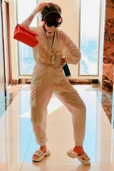 Chi Pu, Hari Won va dan sao ra duong mac ao mua, do bao ho hinh anh 4 chi_pu_3.jpg