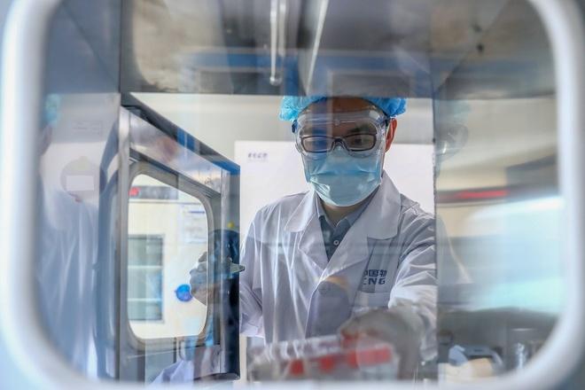 Trung Quoc lan dau ra mat vaccine chong Covid-19 anh 1