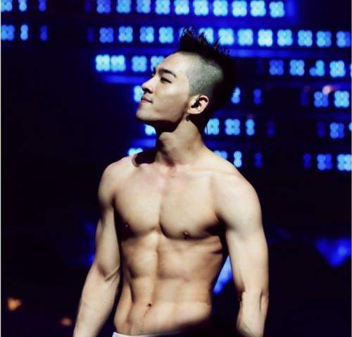 Che do tap luyen de so huu co bung 6 mui nhu Taeyang hinh anh