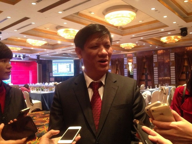 'Viet Nam se san xuat vaccine 6 trong 1' hinh anh 2 Ông Nguyễn Thanh Long - Thứ trưởng Bộ Y tế.