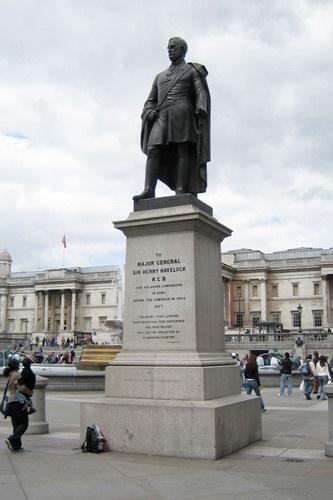 Chiem nguong Quang truong Trafalgar - Trai tim cua London hinh anh 7