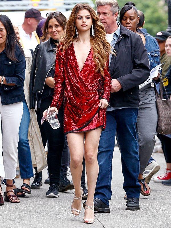 Selena Gomez, co nang cham dien vay quan nhat Hollywood hinh anh 6