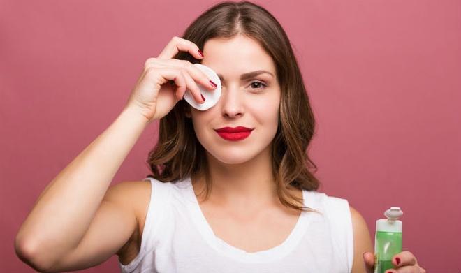 Các bước tẩy trang giúp da luôn sạch sẽ