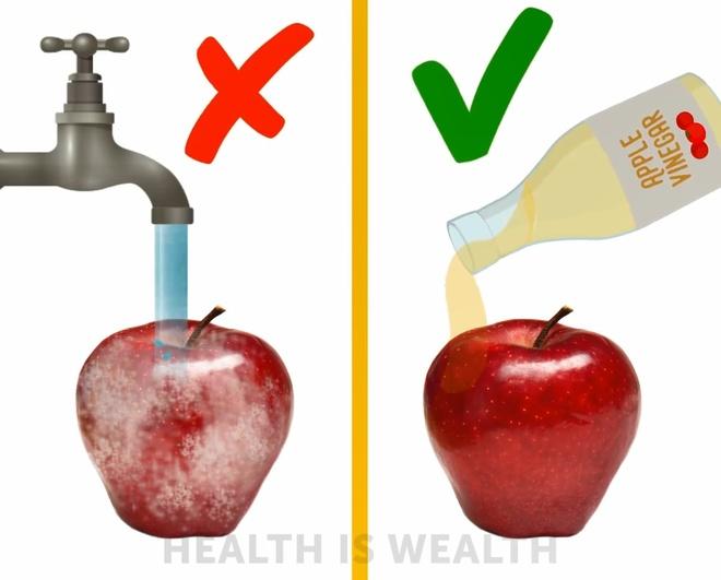 Cách rửa loại bỏ bụi bẩn, hóa chất trong rau củ quả