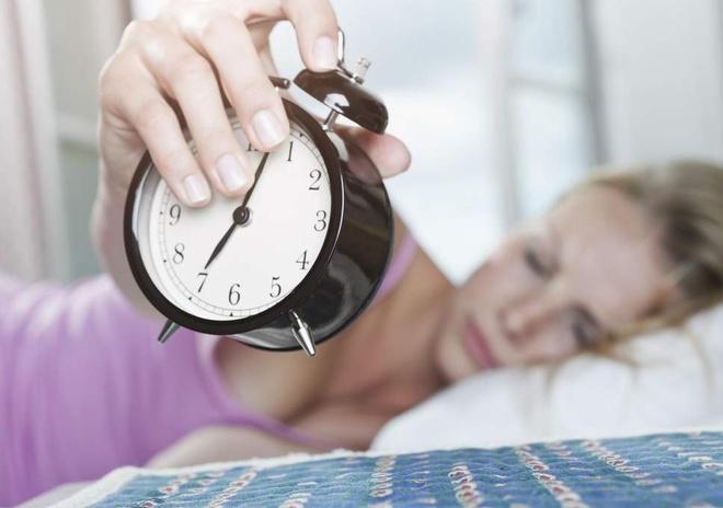 Thói quen giúp bạn tỉnh táo vào buổi sáng