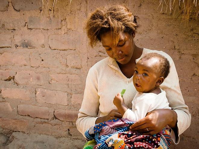 Thiếu nữ hai đời chồng và mang thai khi 12 tuổi