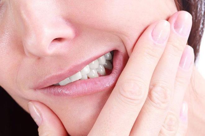 Có nên nhổ hết răng khôn?