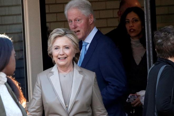 Vo chong Clinton di bo phieu tai New York hinh anh